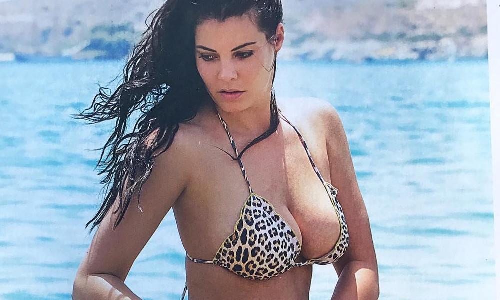 Η Μαρία Κορινθίου δεν σταματά να προκαλεί με την κορμάρα της