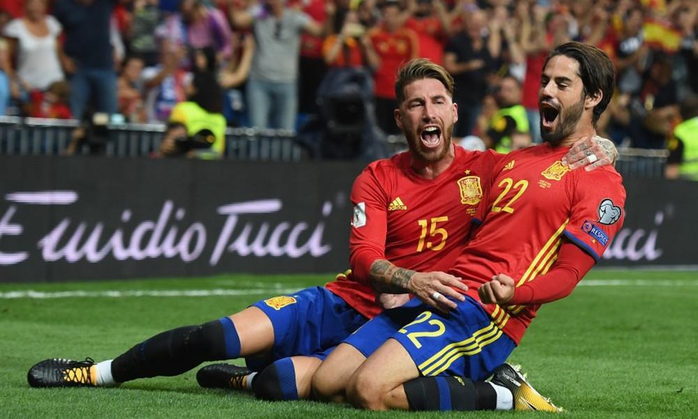 Η Ισπανία έκανε «φύλλο και φτερό» την Ιταλία!