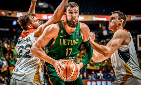 Ευρωμπάσκετ 2017: Η Λιθουανία περιμένει Ελλάδα ή Πολωνία στους «16»
