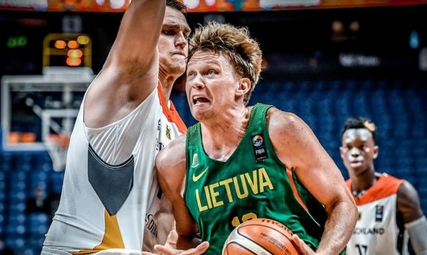 Πρόβλημα με Κουζμίνσκας στην Λιθουανία εν όψει Ελλάδας!