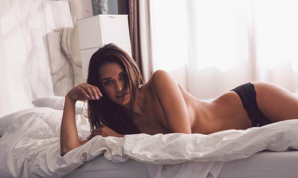 σέξι μελαχρινή πορνό φωτογραφίεςνίκη Μινάζ πίπες
