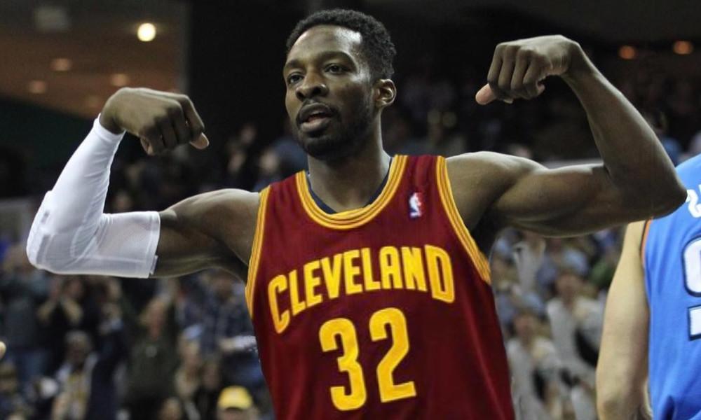 NBA: Επική καρφωματάρα από Γκριν στο Top 10! (video)