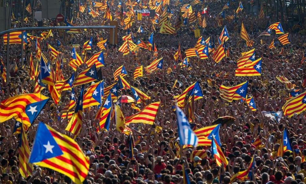 «Βόμβα» στην Καταλονία - «Μπαμ» από Μπαρτσελόνα! (pics)