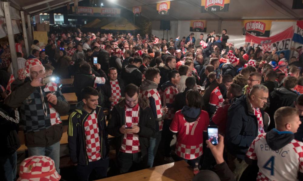 Κροατία-Ελλάδα: H ατμόσφαιρα στο «Μάξιμιρ» (pics,vid)