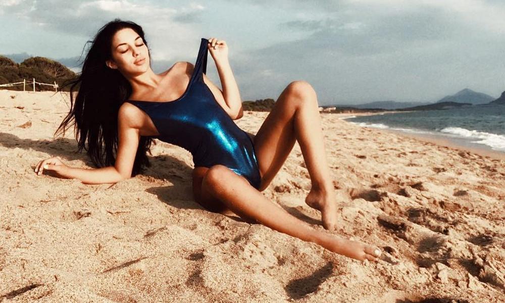 Ελληνίδα φοιτήτρια κολάζει το Instagram με τις πόζες της! (pics)