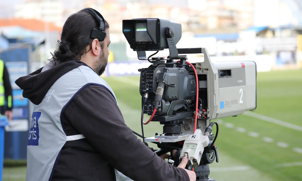 Super League: Τελειώνει η κεντρική διαχείριση των τηλεοπτικών