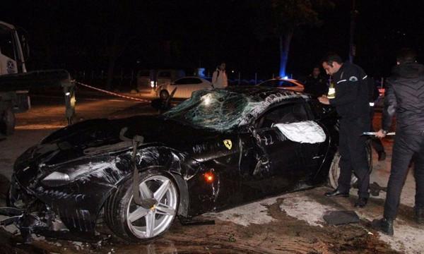 Σοκαριστικές εικόνες από την καταστροφή της Ferrari του Γιλμάζ! (video)