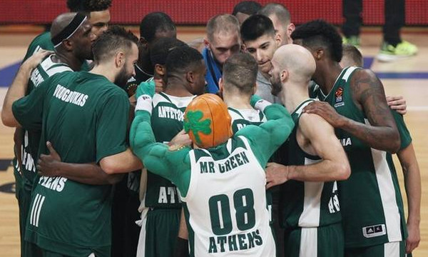 Live Chat Παναθηναϊκός Superfoods - Μπαρτσελόνα Lassa 36-34 (ημίχρονο)