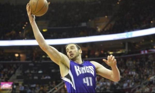 NBA: Τα… έσπασε όλα με ρεκόρ καριέρας ο Κουφός! (video)