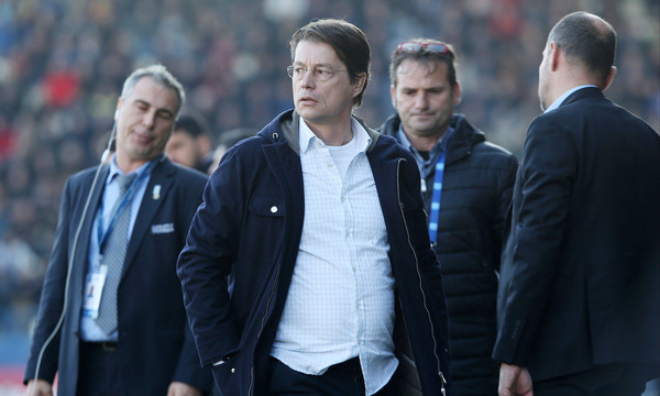 Super League: Ένα μήνα εκτός ο Μίχελ