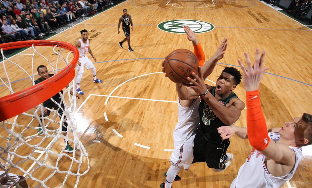 NBA: Κορυφή και «διπλός» Αντετοκούνμπο στο Top 10 (video)