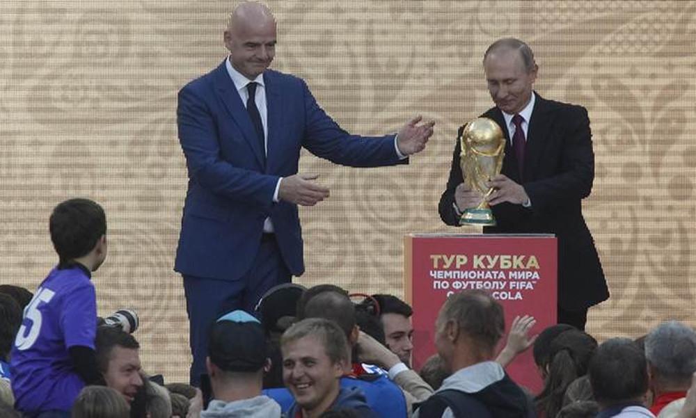 Συνάντηση Πούτιν με Ινφαντίνο στο Σότσι – Στο επίκεντρο το Μουντιάλ 2018