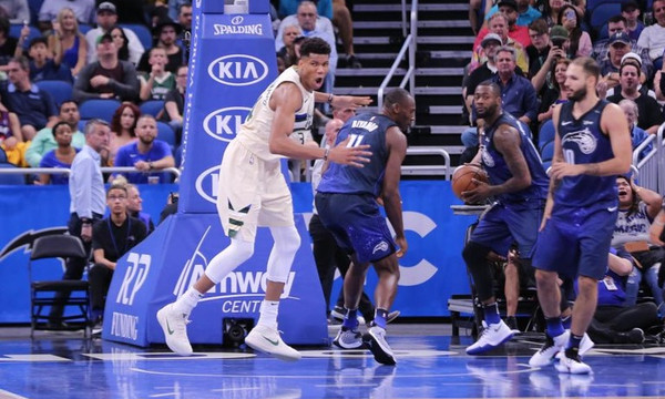 NBA: Η συνήθεια Αντετοκούνμπο στο Top 10 έγινε… λατρεία (video)