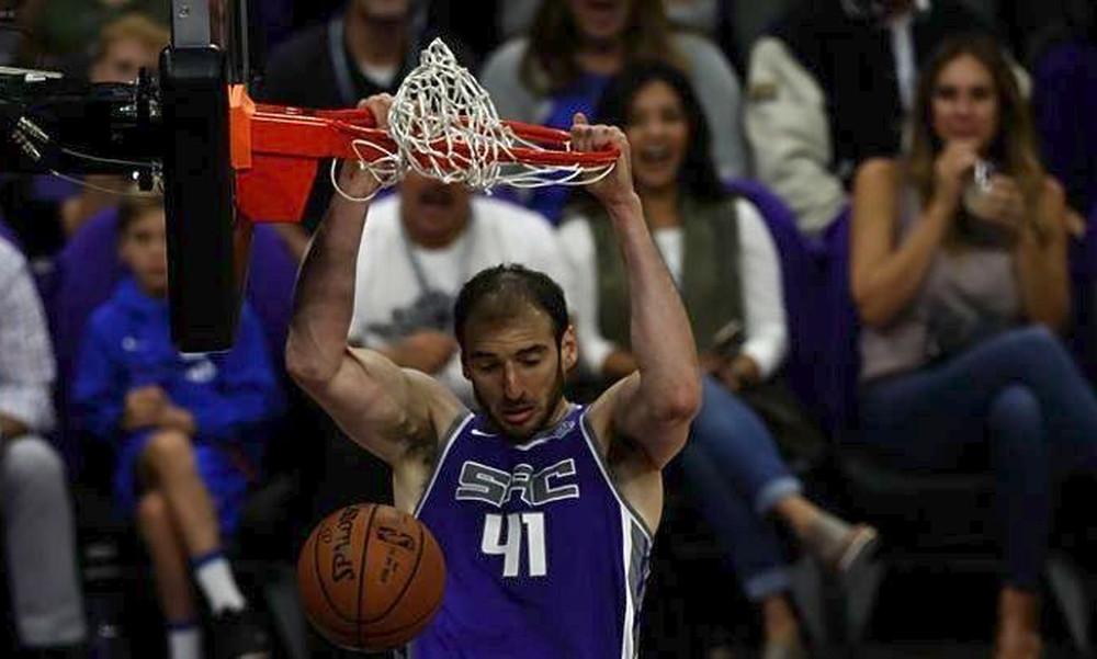 NBA: Θετικός Κουφός, «διπλό» οι Κινγκς
