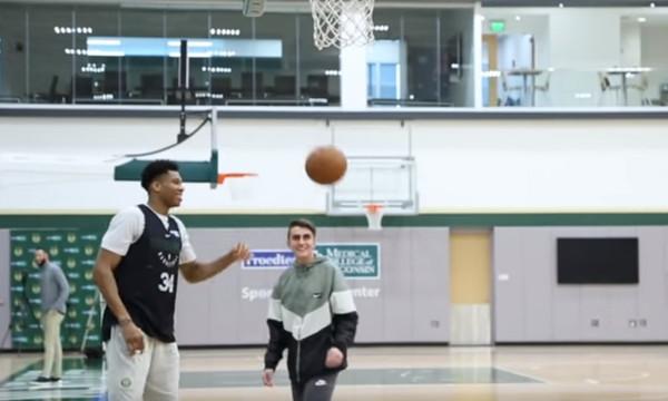 NBA: Τρομερή κίνηση Αντετοκούνμπο σε 15χρονο με πρόβλημα υγείας! (videos)