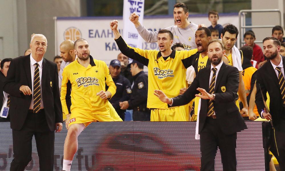 Ολυμπιακός-ΑΕΚ: Οι πανηγυρισμοί των Κυπελλούχων! (photos)