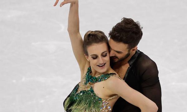 Χειμερινοί Ολυμπιακοί Αγώνες: Ο «εφιάλτης» της Γκαμπριέλα Παπαδάκις – Συνέχιζε το πατινάζ γυμνόστηθη