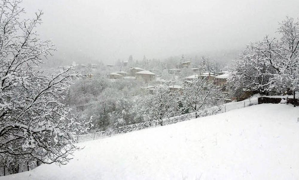 Έκτακτο δελτίο καιρού ΕΜΥ: Έρχεται ισχυρή κακοκαιρία με χιόνια και καταιγίδες - Πού θα «χτυπήσει»