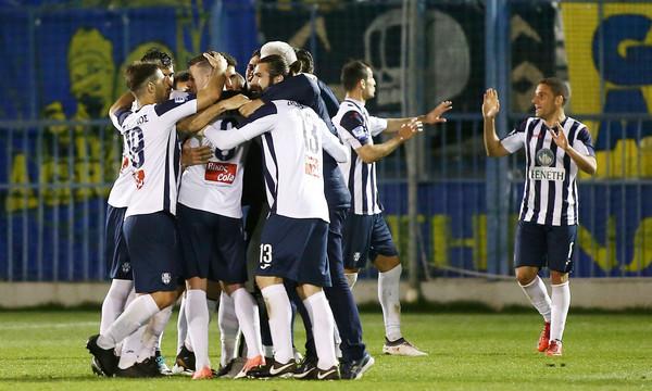 Απόλλων Σμύρνης: «Κανείς δεν ενδιαφέρεται για το ελληνικό ποδόσφαιρο»