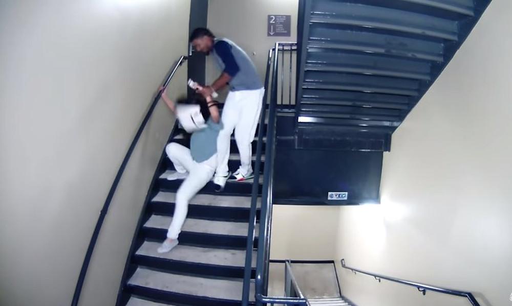 ΣΟΚ! Διάσημος παίκτης πλάκωσε στο ξύλο την κοπέλα του! (video)