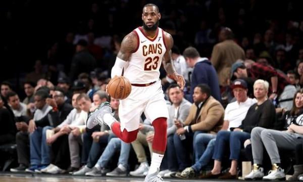 NBA: Ξεπέρασε τον Τζόρνταν ο Τζέιμς! (videos)