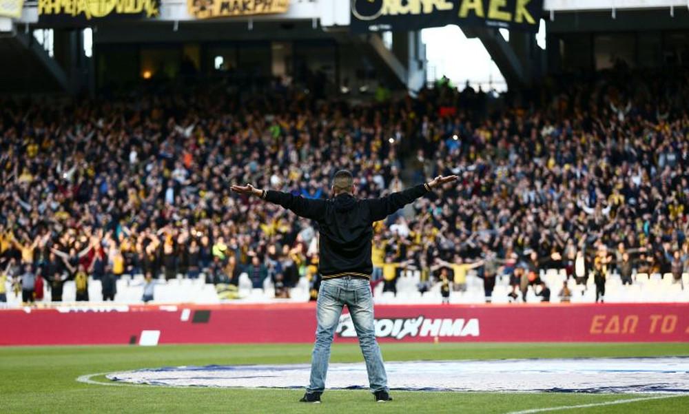 ΑΕΚ – Παναθηναϊκός: Ποδοσφαιρική ατμόσφαιρα στο ΟΑΚΑ (video)