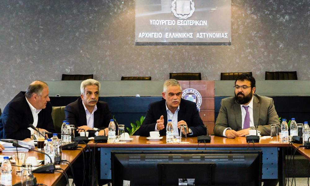 Σύσκεψη Ν. Τόσκα - Γ. Βασιλειάδη με την ΕΛ.ΑΣ. για την αντιμετώπιση της βίας στα γήπεδα