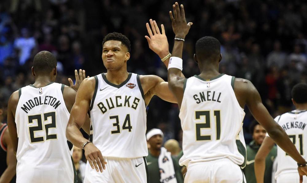 NBA: Νίκη χωρίς Giannis οι Μπακς, «τριπλός» Ουέστμπρουκ, ρεκόρ οι Ράπτορς