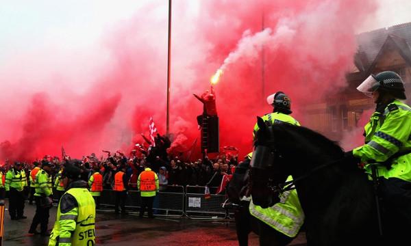 Champions League: Σε κρίσιμη κατάσταση οπαδός της Λίβερπουλ
