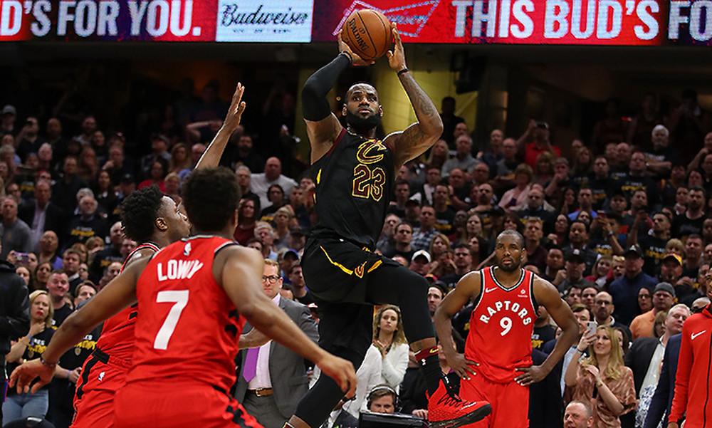 NBA: «Ξέρανε» με buzzer beater τους Ράπτορς ο ΛεΜπρόν! (video)