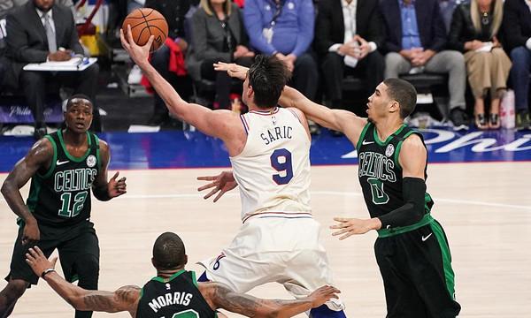 NBA: Έμειναν… ζωντανοί οι Σίξερς (video)