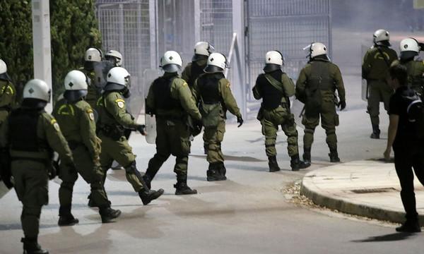 Δεκατέσσερις συλλήψεις για τα επεισόδια στο ΟΑΚΑ