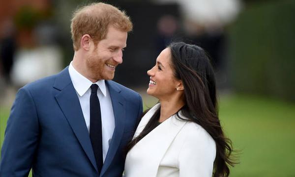 Η μεγάλη μέρα έφτασε! Βασιλικός γάμος για τον πρίγκιπα Χάρι και τη Μέγκαν Μαρκλ - Δείτε Live