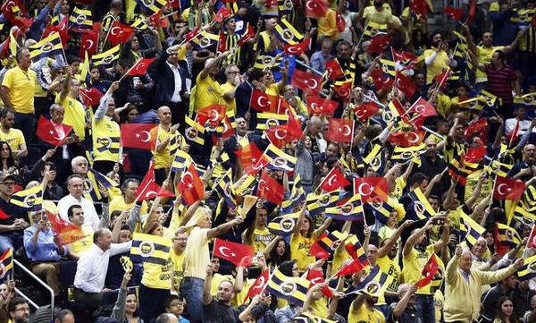 Θα αντιδράσει η Euroleague στα αίσχη των Τούρκων στο Βελιγράδι;