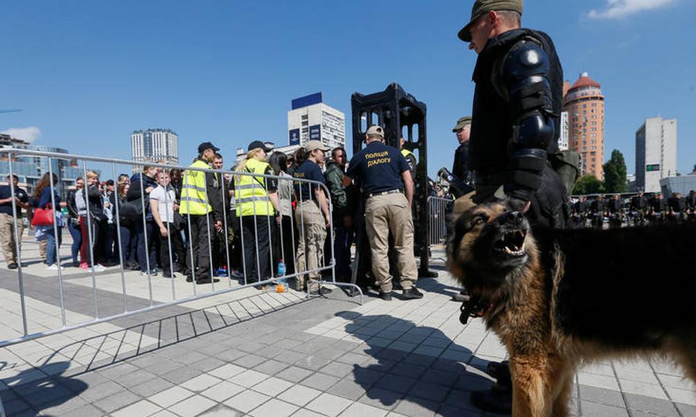 Προειδοποίηση για βόμβα στο μετρό του Κιέβου - Έκλεισαν πέντε σταθμοί