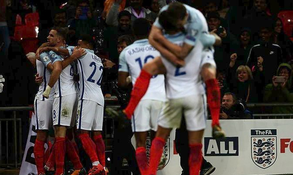 Εύκολα η Αγγλία