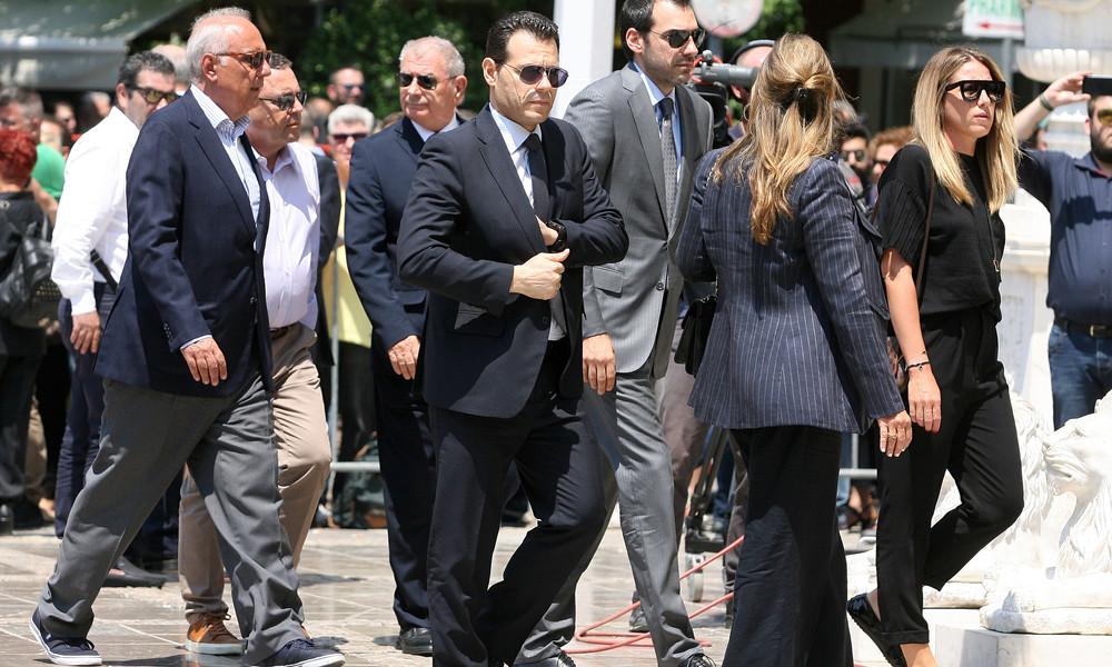Στη Μητρόπολη ο Δημήτρης Ιτούδης για τον Παύλο Γιαννακόπουλο (video)
