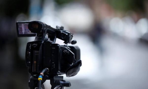 Δημοσιογραφία και «δημοσιογραφία»: Όταν οι κρίνοντες, δεν θέλουν να κρίνονται...