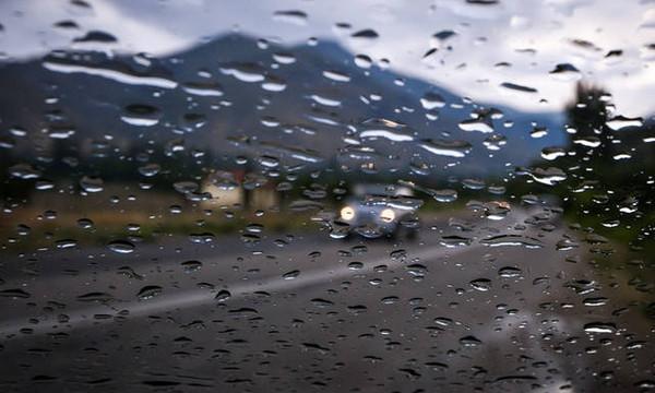 Καιρός: Έκτακτο δελτίο ΕΜΥ - Σφοδρές καταιγίδες και χαλάζι τις επόμενες ώρες