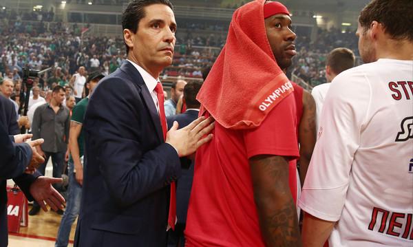 Ολυμπιακός: Τέλος ο Σφαιρόπουλος, αποχαιρέτησε τους παίκτες