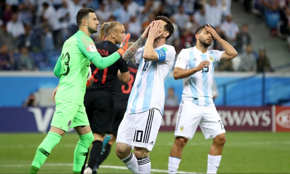 Παγκόσμιο Κύπελλο Ποδοσφαίρου 2018: Ενός λεπτού σιγή για την τριάρα της Αργεντινής από την Κροατία