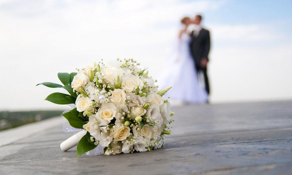 Ξαφνικός γάμος χθες στη showbiz