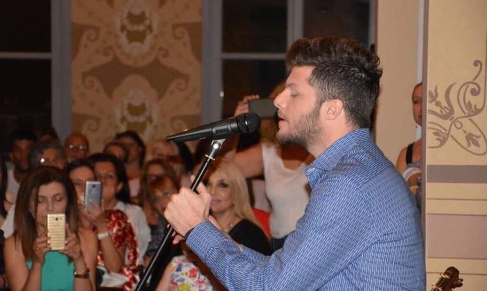 Τραγούδια του Μάνου Χατζιδάκι ερμήνευσε ο Λούκας Γιώρκας σε μια μαγική βραδιά στη Ξάνθη