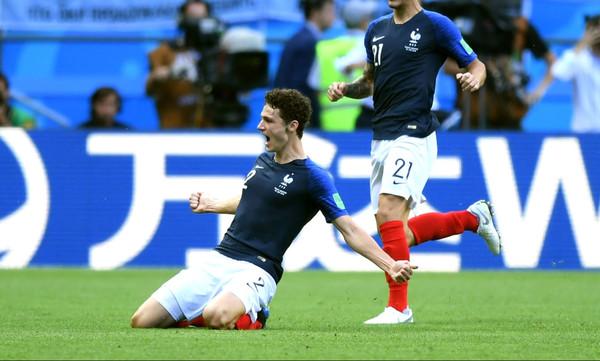 Παγκόσμιο Κύπελλο Ποδοσφαίρου 2018: Το Top 10 των γκολ του Μουντιάλ (video)