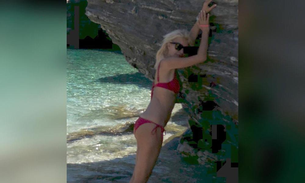 Ελένη: Κάνει πρωινές βουτιές στην Άνδρο και ρίχνει το instagram με το μικροσκοπικό μπικίνι της
