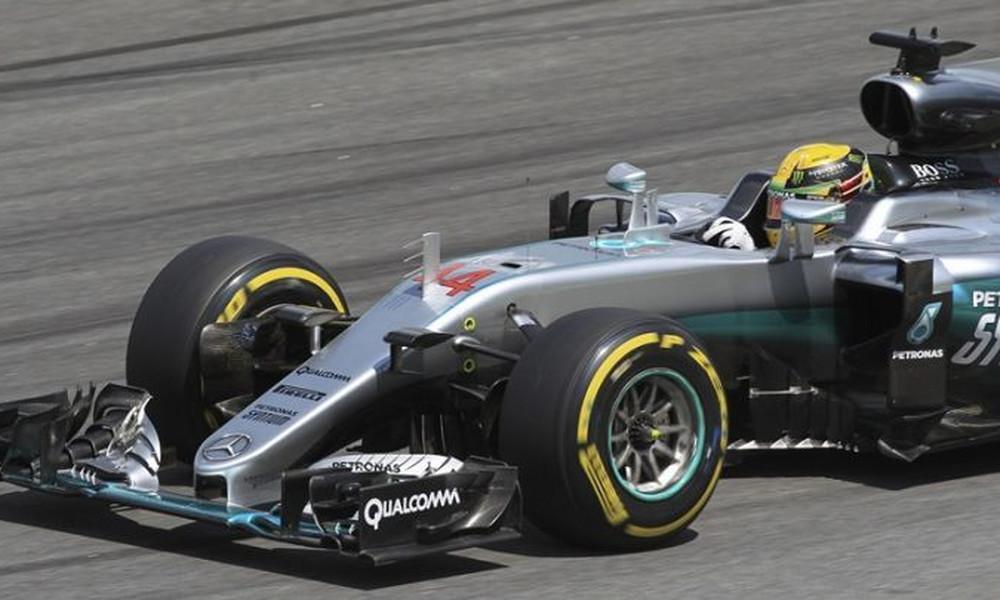 Formula 1: Ο Χάμιλτον την pole position υπό βροχή