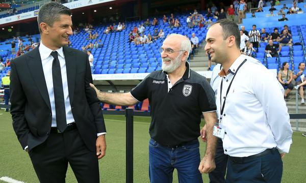 ΠΑΟΚ: Μοίρασε συγχαρητήρια και πριμ ο Σαββίδης στα αποδυτήρια!