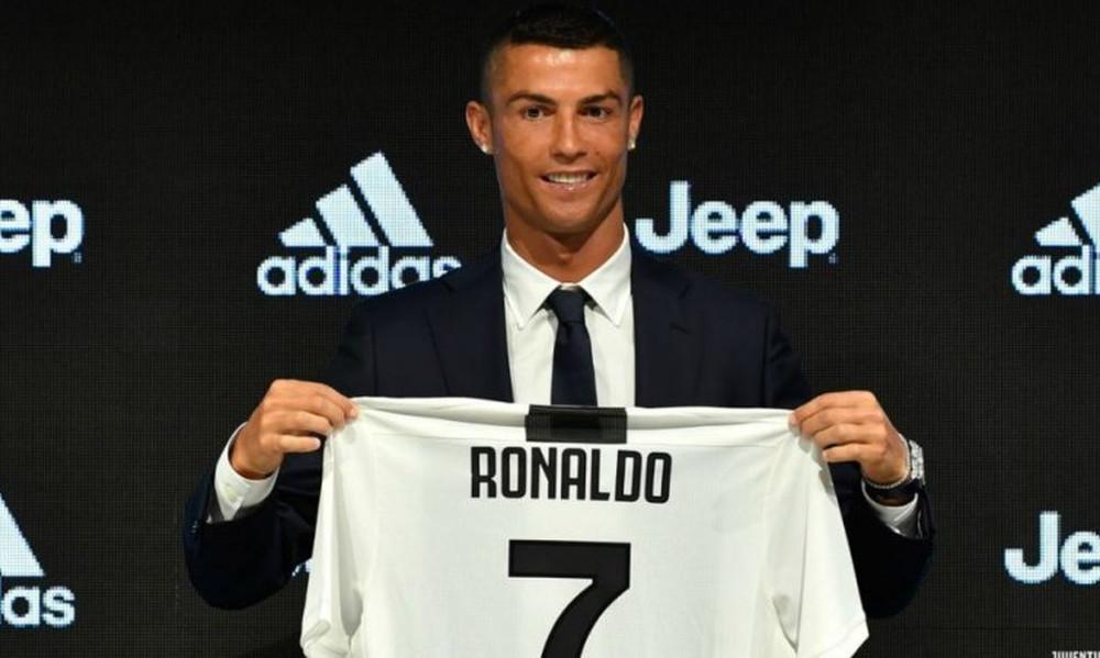 Τρέλα για Ρονάλντο και sold out οι φανέλες του!