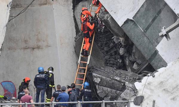 Γένοβα: Θρήνος στα συντρίμμια της γέφυρας και αγωνία για επιζώντες (vids+pics)