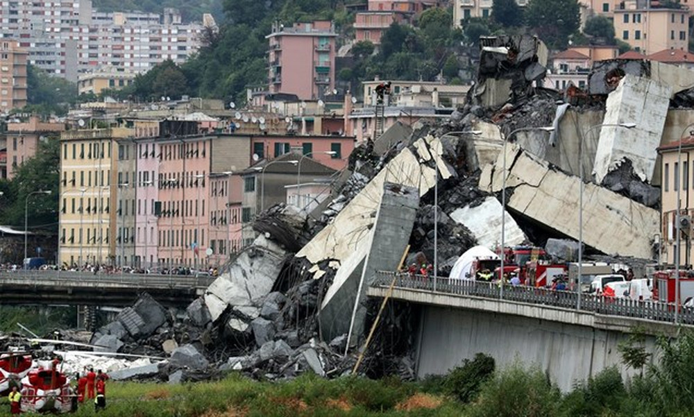 Serie A: Ενός λεπτού σιγή και μαύρα περιβραχιόνια για τα θύματα της γέφυρας στη Γένοβα